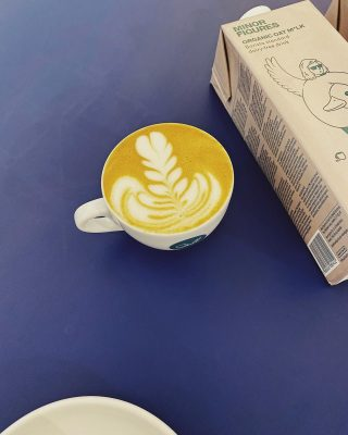 How about a a cappuccino with organic oat milk from @minorfigures ...?!