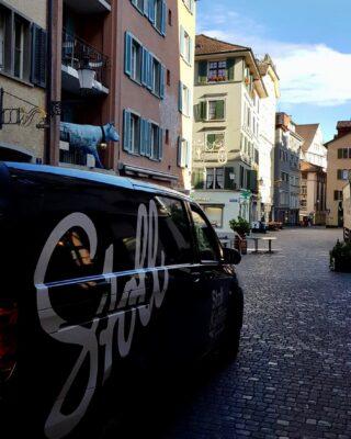 Delivering dark crafts since 1938.   #stollkaffee#Zurich #roastery #specialitycoffee #organiccoffee #dailycoffee #coffeepeople #localcoffee #coffeezurich #specialitycoffeeshop #Zurich #butfirstcoffee